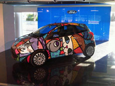 Decorazione Veicoli - Wrapping Totale Ford KA Britto in concessionaria